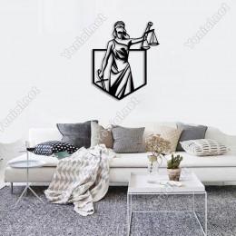 Adelet Simgesini Tutan Kadın Duvar Tablosu Ev Aksesuarı Ahşap Tablo 42x50cm