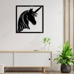 Çerçeve İçinde Duran Unicorn Başı Duvar Oda Aksesuarı Ahşap Tablo 50x50cm