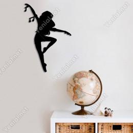 Tek Ayağı Üzerinde Dans Eden Kadın Duvar Oda Ev Aksesuarı Ahşap Tablo 34x50cm