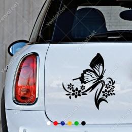 Bol Çiçekli Bitkinin İçinde Uçup Konan Kelebek Sticker