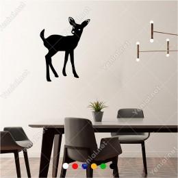 Geriye Doğru Bakan Sevimli Ceylan Yavrusu 60x40 cm Duvar Sticker