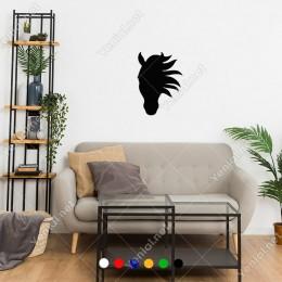 Yeleleri Rüzgarda Salınan At Başı Kafası Sticker