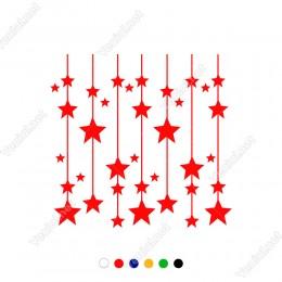 Yukarıdan Aşağıya İp İle Sallanan Bir çok Yıldız Yılbaşı Süslemeleri