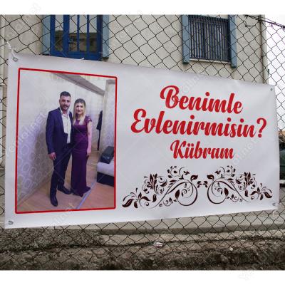 Fotoğraflı Desenli Çerçeveli Benimle Evlenir Misin Branda Afisi